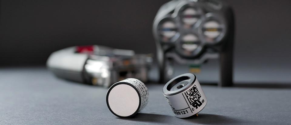 G7-PID gas-sensor-and-cartridges